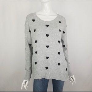 1b9583823b80 Women s Gap Heart Sweater on Poshmark